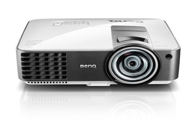 videoproiettore ottica ultra corta benq